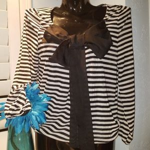 ISSUE Black stripe Bow Long Sleeve Top Size Small
